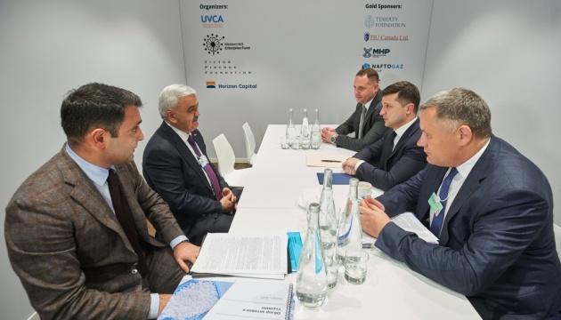 Владимир Зеленский провел переговоры с Ровнагом Абдуллаевым