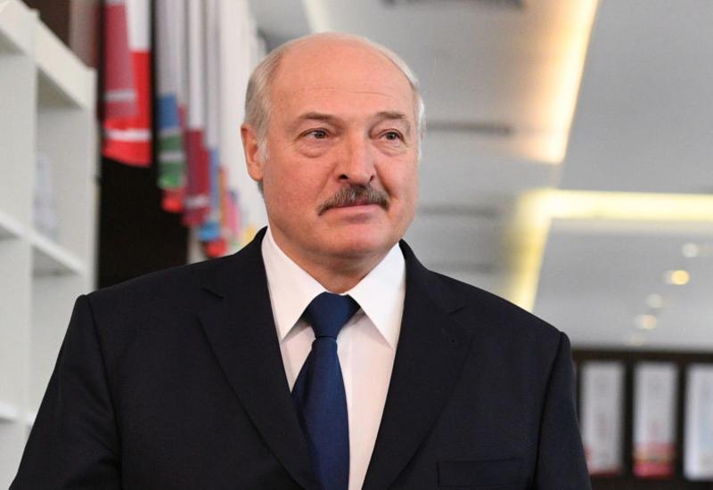 Александр Лукашенко поздравил Михаила Гусмана с днем рождения