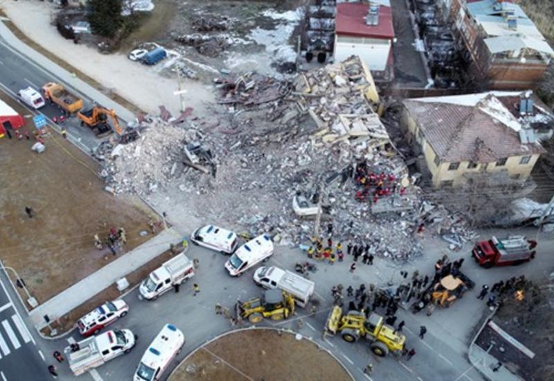Страшные кадры разрушительного землетрясения в Турции