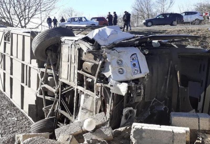 Тяжелое ДТП в Исмаиллы, есть погибшие и пострадавшие