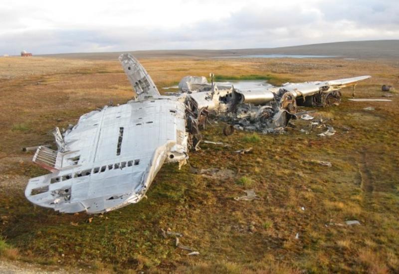 В Афганистане разбился самолет с десятками пассажиров на борту