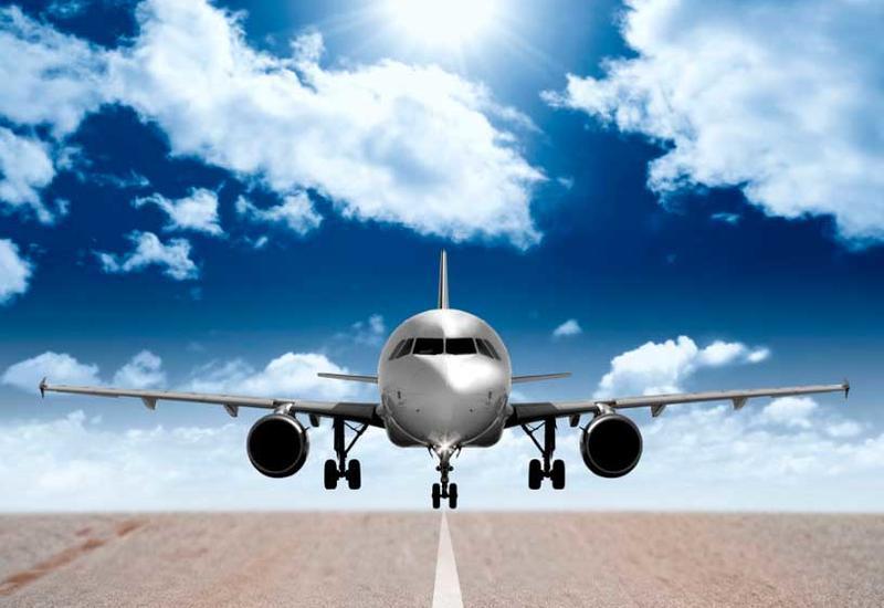 В Иране пассажирский самолет выехал за взлетную полосу