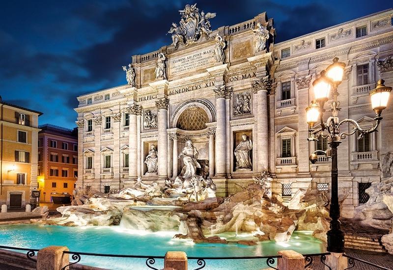 Власти Рима установят защитные барьеры вокруг фонтана Треви