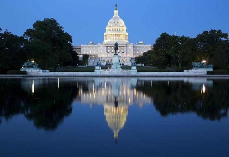 США ждет рекордный дефицит бюджета