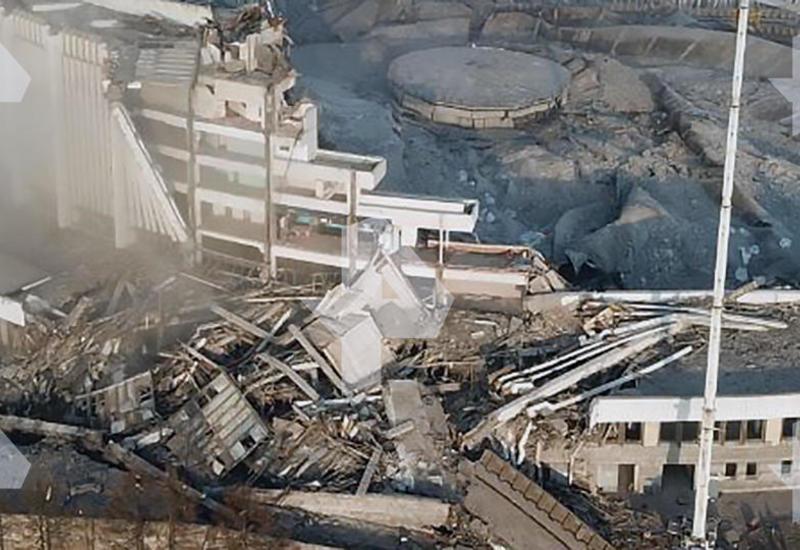 В Петербурге рухнула крыша спорткомплекса с рабочими
