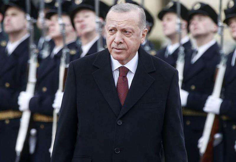 Эрдоган: Почти миллион сирийцев покинули Идлиб и направляются к границе с Турцией