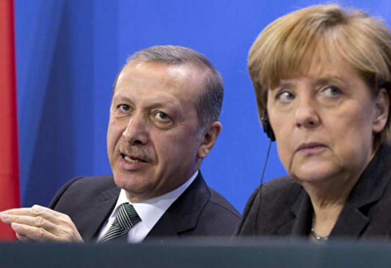 Эрдоган и Меркель обсудили по телефону ситуацию в Сирии и Ливии