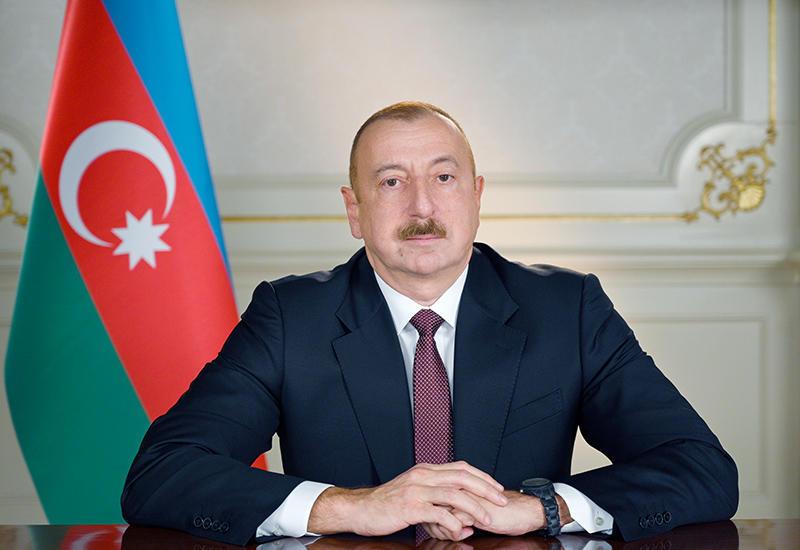 Президент Ильхам Алиев поздравил султана Брунея