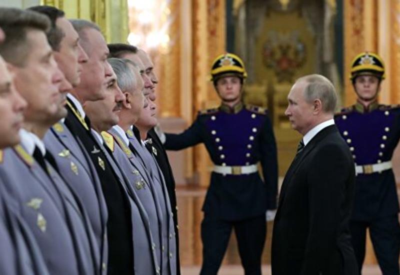 Путин снял с должностей четырех генералов МВД и МЧС