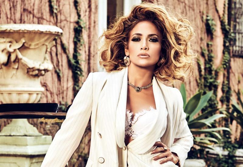Дженнифер Лопес стала амбассадором брендов Guess и Marciano
