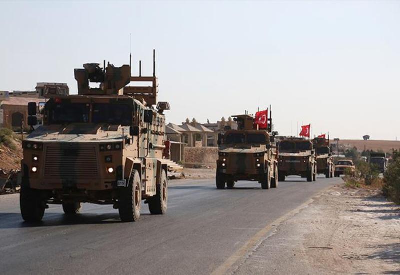 Колонна турецкой военной техники вошла в Идлиб