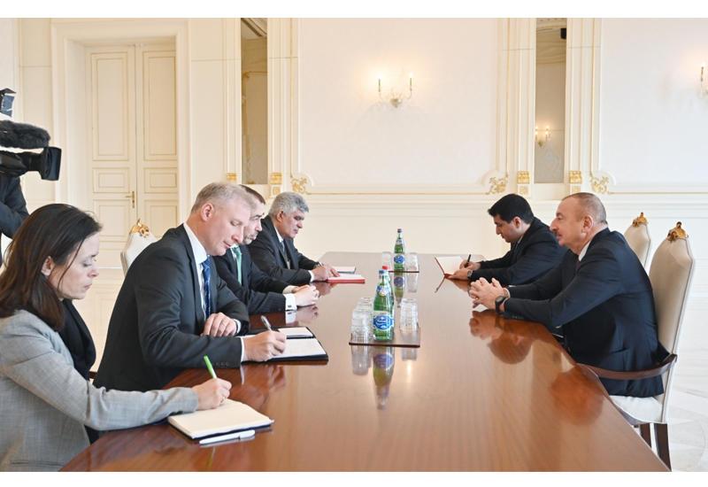 Президент Ильхам Алиев принял делегацию во главе со спецпредставителем Евросоюза