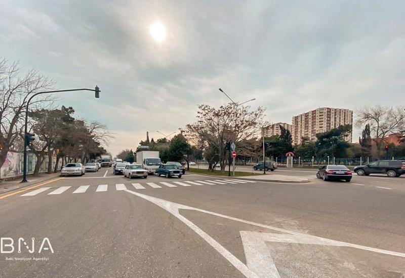 На двух улицах Баку установлены новые светофоры