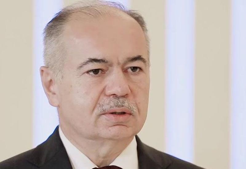 Ильяс Умаханов поздравил Президента Ильхама Алиева