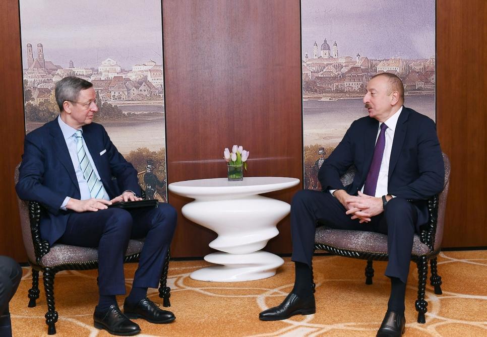 Президент Ильхам Алиев встретился в Мюнхене с руководителем рабочей группы по странам Южного Кавказа Германской восточной бизнес-ассоциации