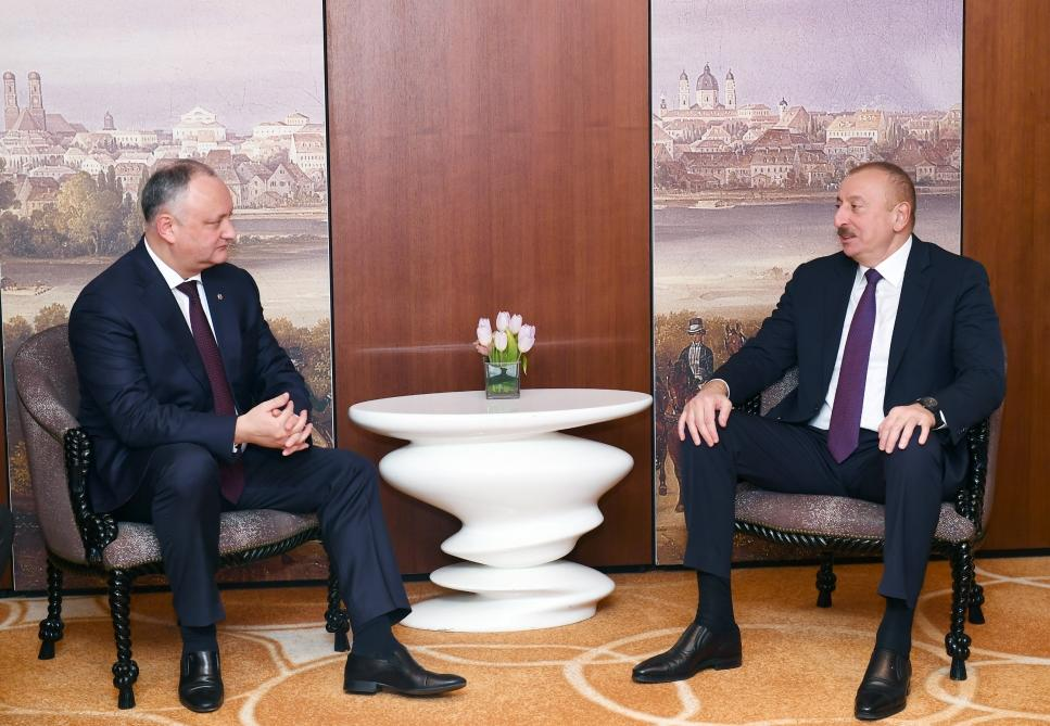 Президент Ильхам Алиев встретился в Мюнхене с президентом Молдовы