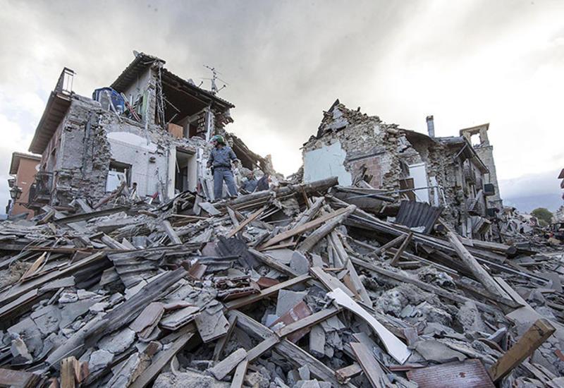 Момент сильного землетрясения на Курилах попал на камеры