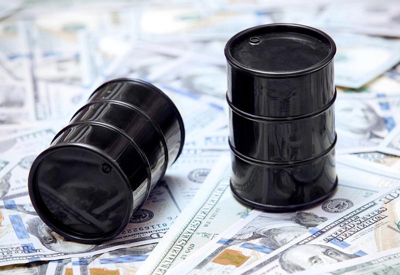 Цена нефти Brent поднялась выше $57 за баррель