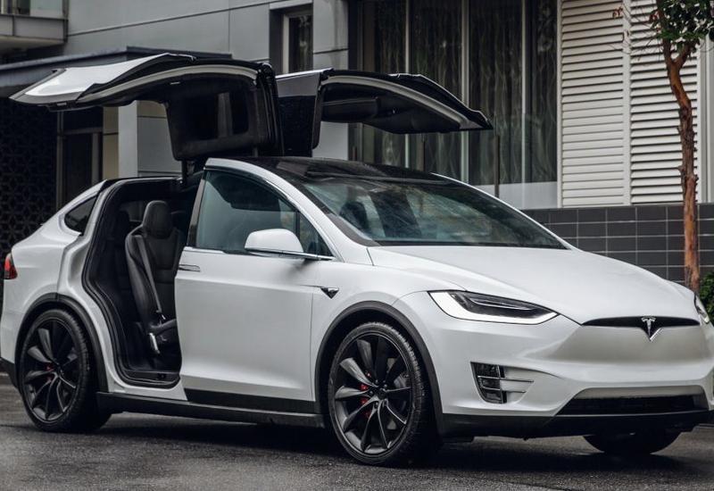 Tesla отзовет более 3 тыс. электромобилей Model X в Китае