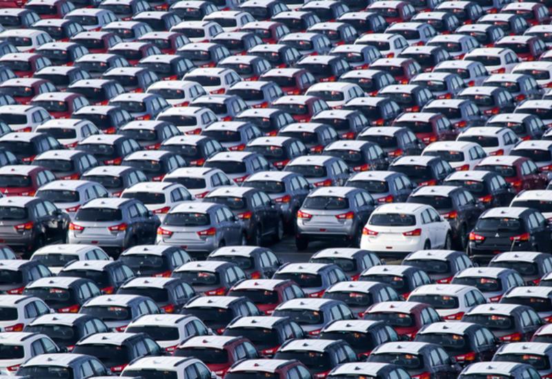 Fitch предупредило о снижении продаж автомобилей в мире из-за коронавируса