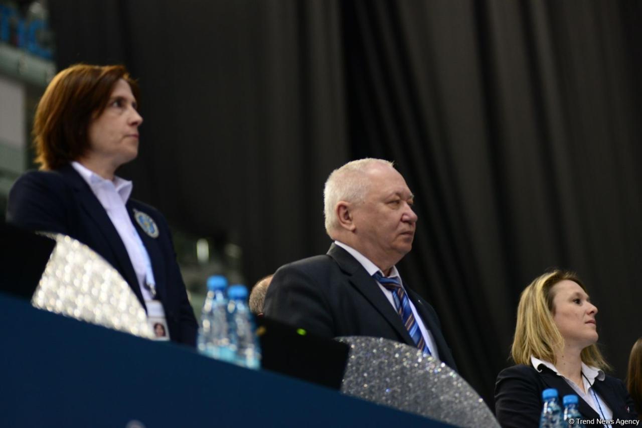 В Баку стартовал первый день Кубка мира по прыжкам на батуте и акробатической дорожке