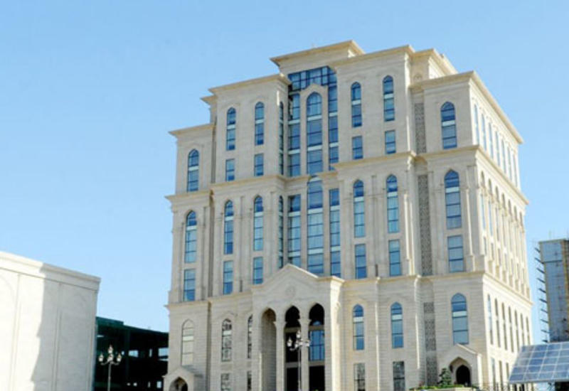 Попытавшиеся собраться перед ЦИК в Баку были удалены с территории
