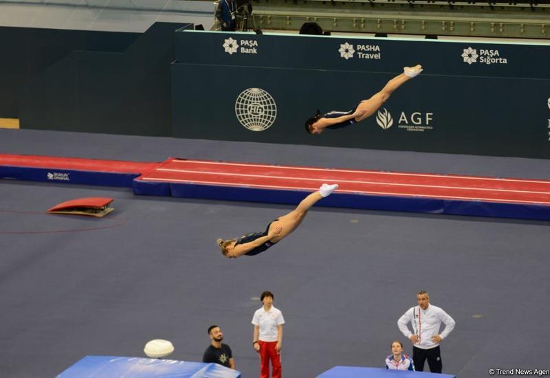 В Баку определились финалисты соревнований по прыжкам на батуте среди синхронных пар