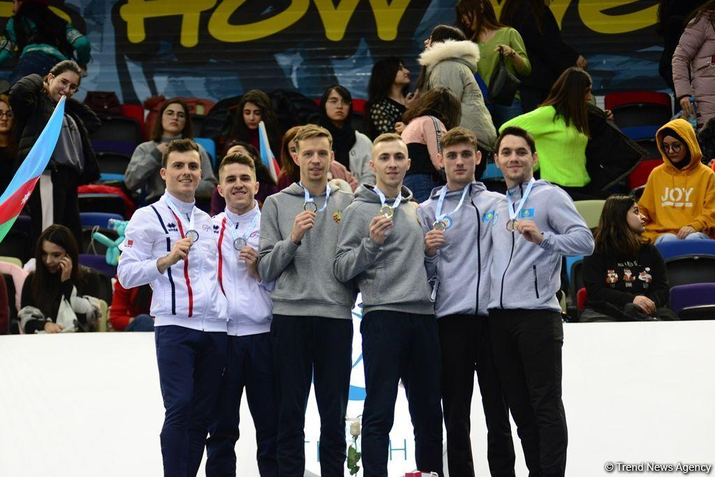 Состоялась церемония награждения победителей и призеров в синхронной программе по прыжкам на батуте в рамках Кубка мира