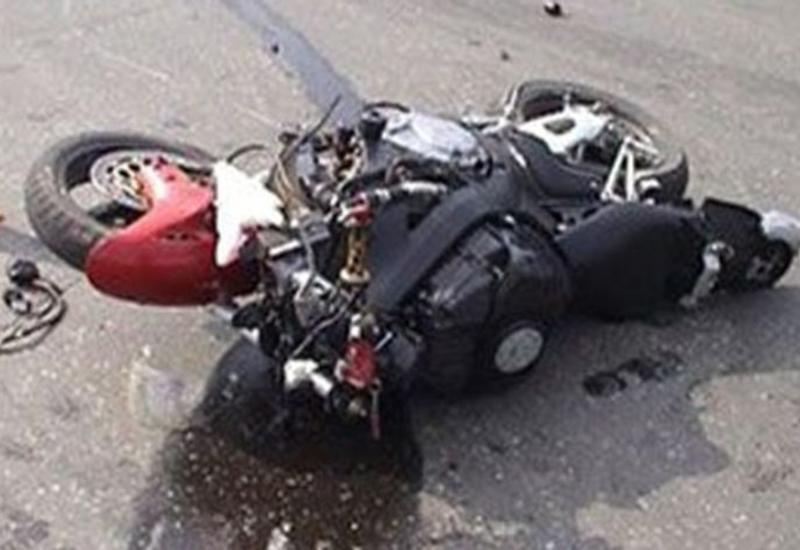 Тяжелое ДТП в Имишли, скончался мотоциклист