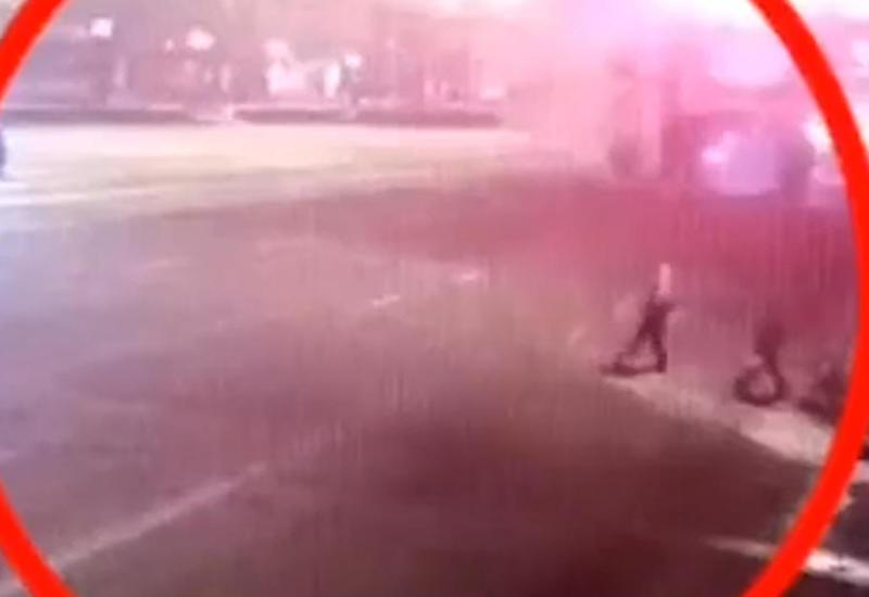 В Украине иномарка влетела в толпу пешеходов, есть погибший и пострадавшие