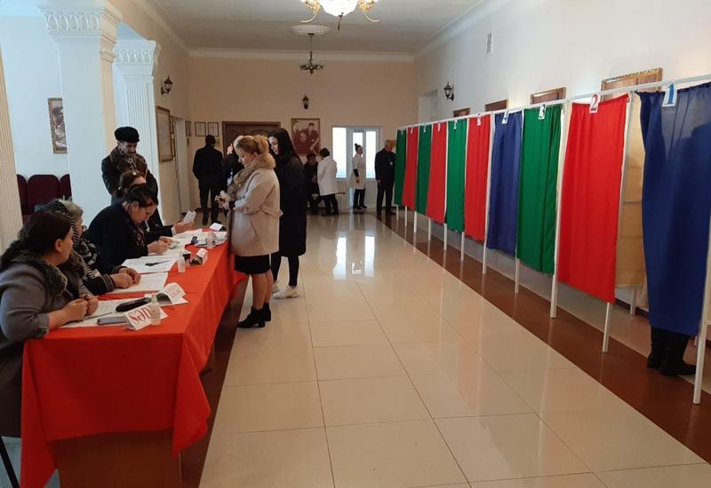 ЦИК аннулировал итоги голосования по одному участку Евлахского избирательного округа
