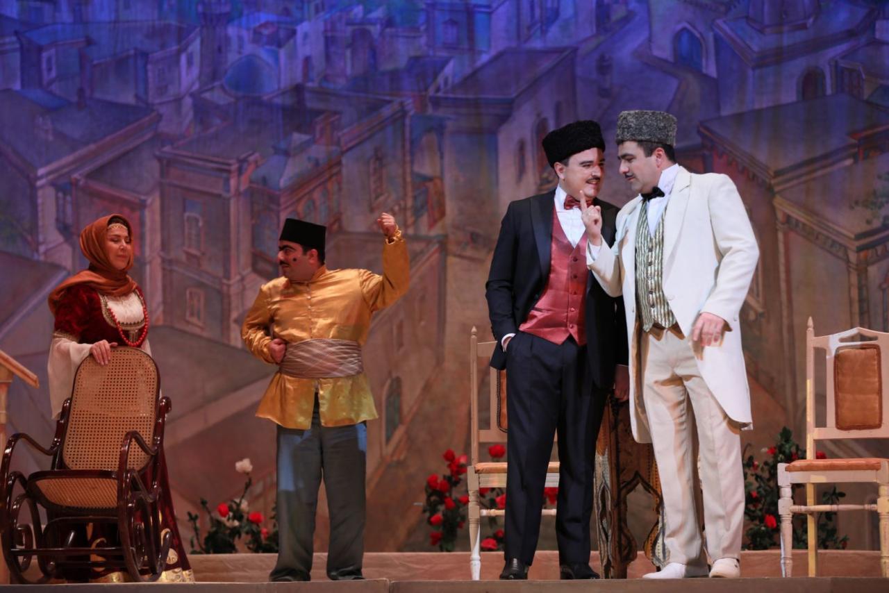 """В Баку прошла оперетта великого Узеира Гаджибейли """"Аршин мал алан"""""""