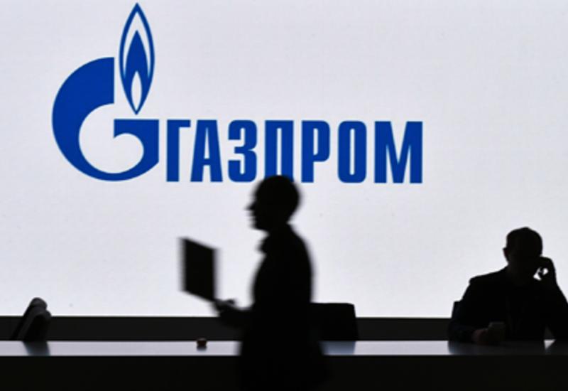 «Газпром» рекордно занял денег
