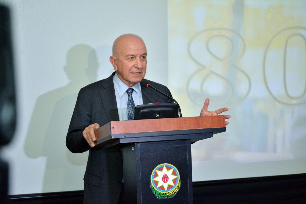 В Госфильмофонде Азербайджана отметили 80-летие Айдына Кязымзаде