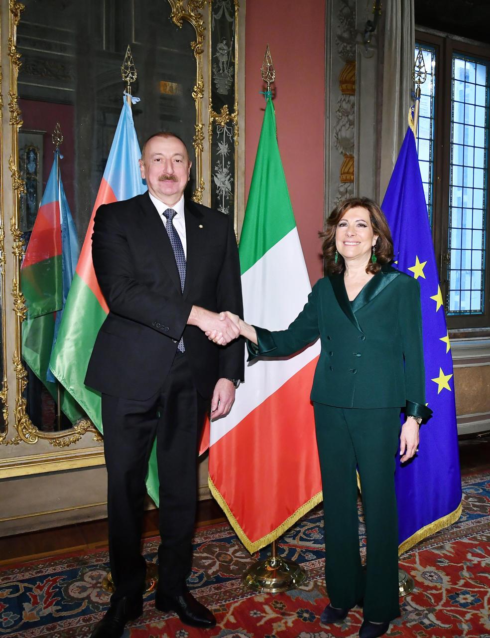 На встрече с председателем Сената Италии подчеркнут высокий уровень связей между двумя странами