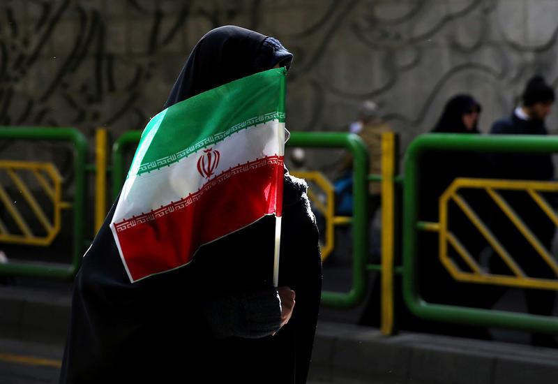 Два человека впервые погибли от коронавируса в Иране