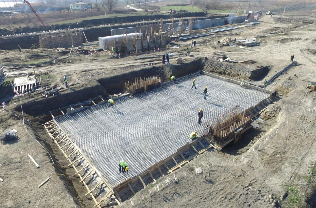 В Хачмазе строится новое водоочистное сооружение