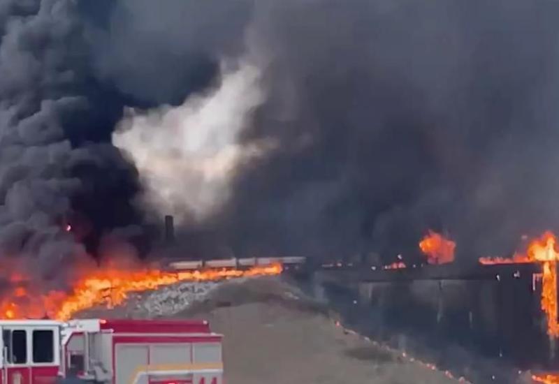Бензовоз с реактивным топливом взорвался в США
