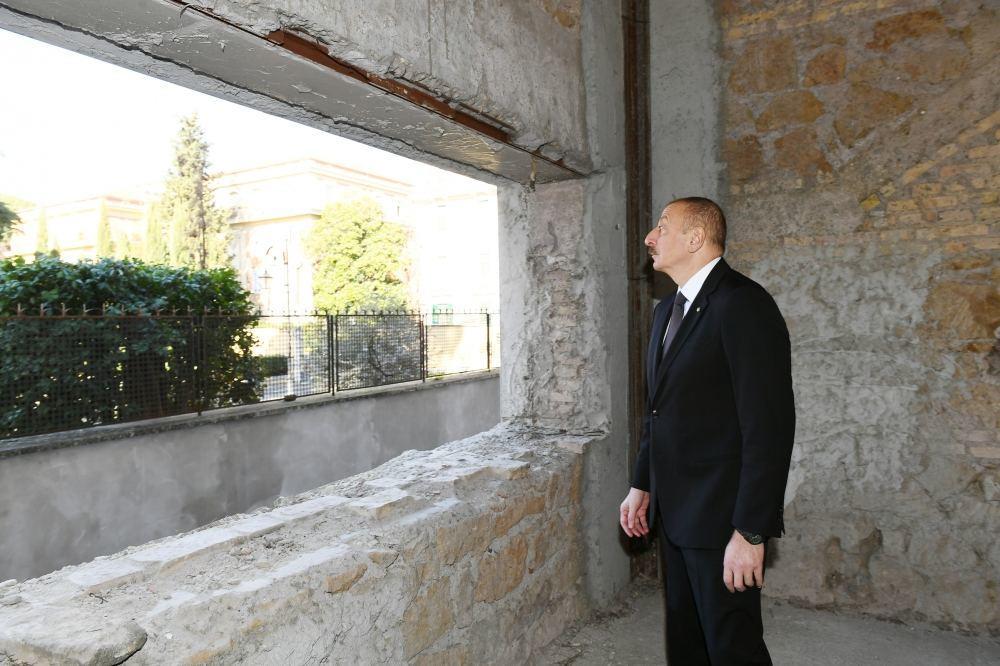Президент Ильхам Алиев и Первая леди Мехрибан Алиева ознакомились со зданием, предназначенным для Азербайджанского культурного центра в Риме