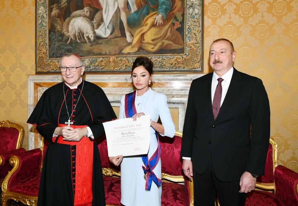Первый вице-президент Азербайджана Мехрибан Алиева удостоена папского рыцарского ордена