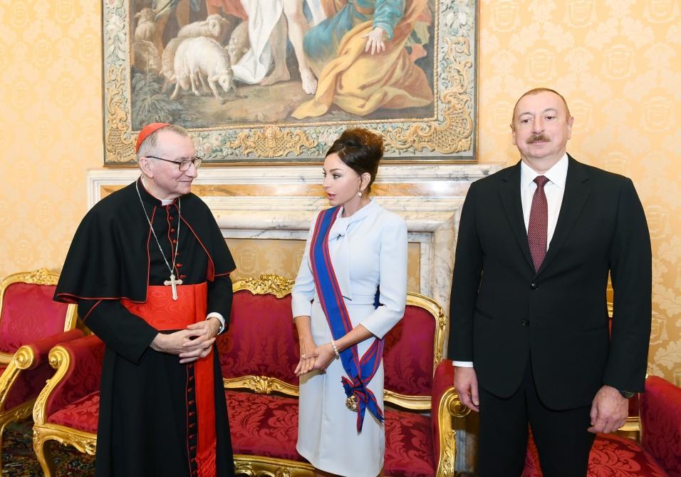Президент Ильхам Алиев и Первая леди Мехрибан Алиева встретились в Ватикане с государственным секретарем Святого Престола