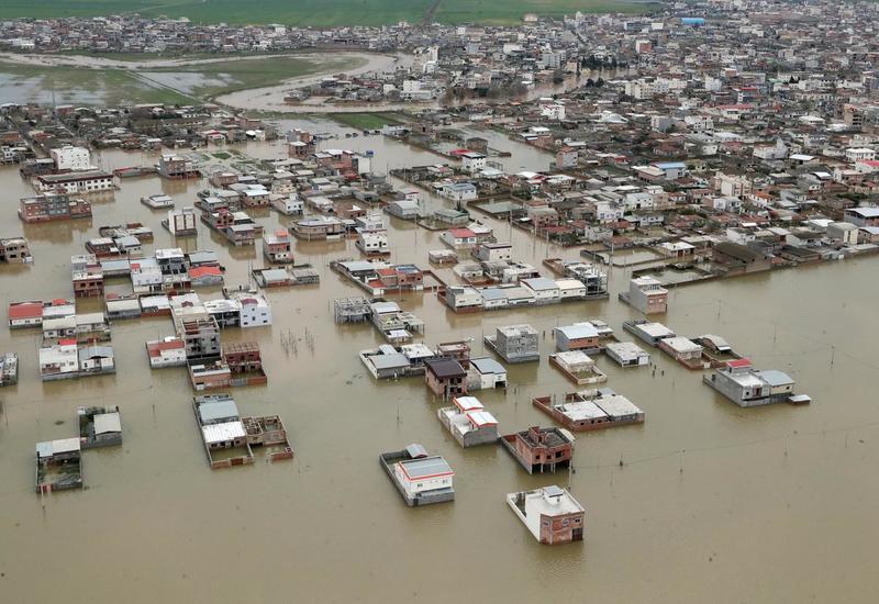 На Перу обрушились сильные ливни, есть погибшие и пострадавшие