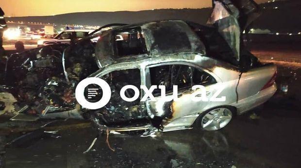 Страшная авария в Баку: водитель заживо сгорел в собственном автомобиле