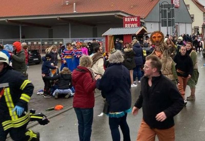 В немецком Гессене отменили карнавалы после инцидента с автомобилем