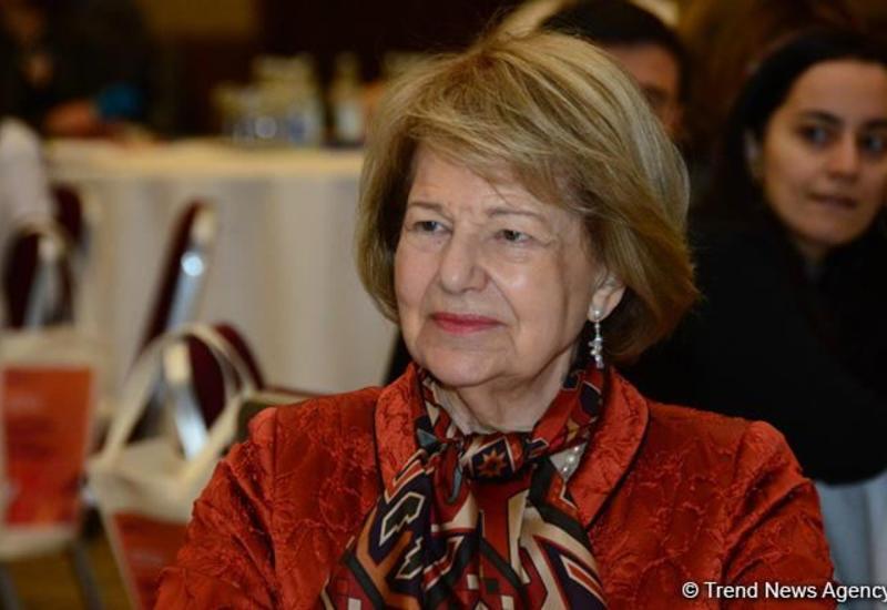 Баронесса Эмма Николсон: У Азербайджана и Великобритании большие перспективы для будущего сотрудничества в области энергетики