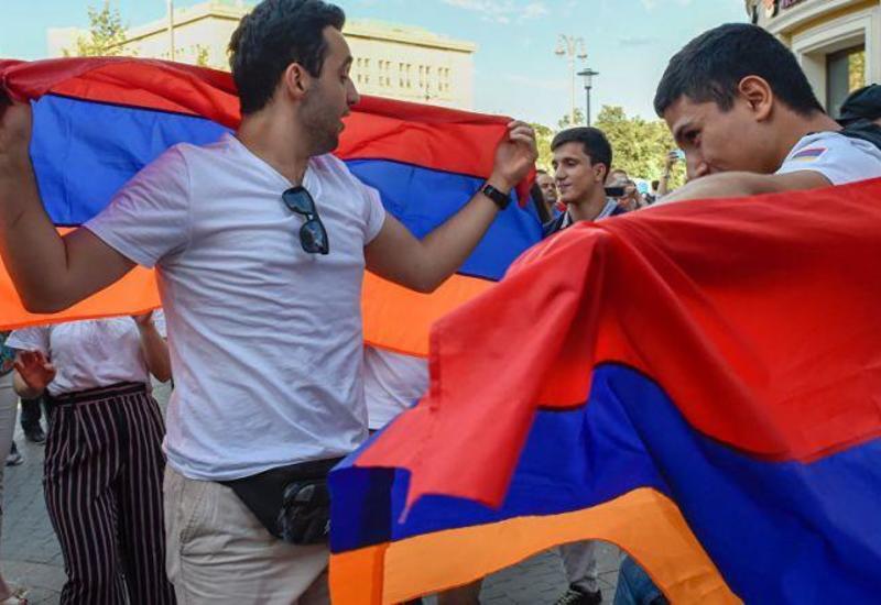 """""""Больших лжецов, чем армяне, белый свет не видывал"""""""
