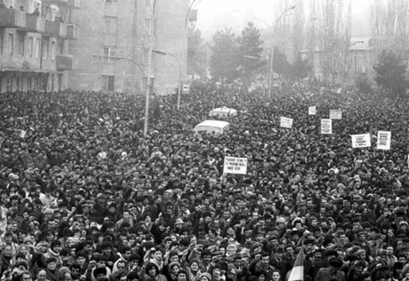 """""""Мне показали пятна на земле и сказали: вот здесь были убиты азербайджанцы"""""""