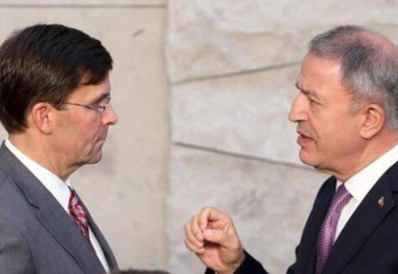 Турция и США обсудили по телефону кризис в Идлибе