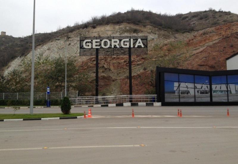 В Грузию не впустили мать с ребенком, ехавших домой из Ирана