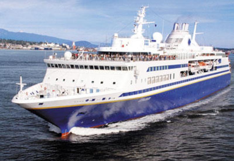 Турецкое пассажирское судно село на мель